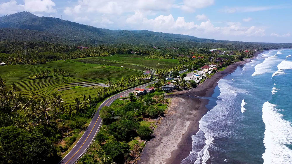 fly over the westcoast of Bali with the drone