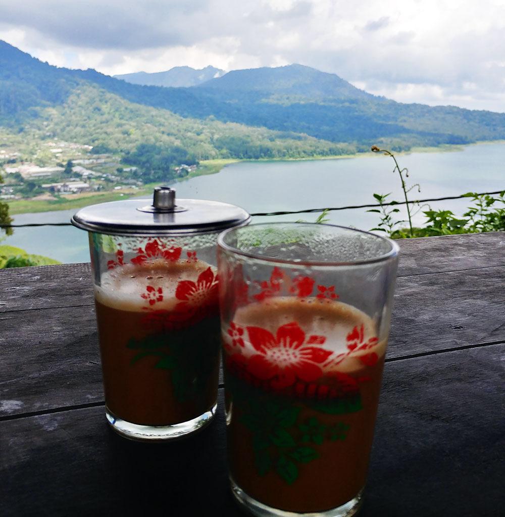 Traditional Bali Kopi at the Twin Lakes