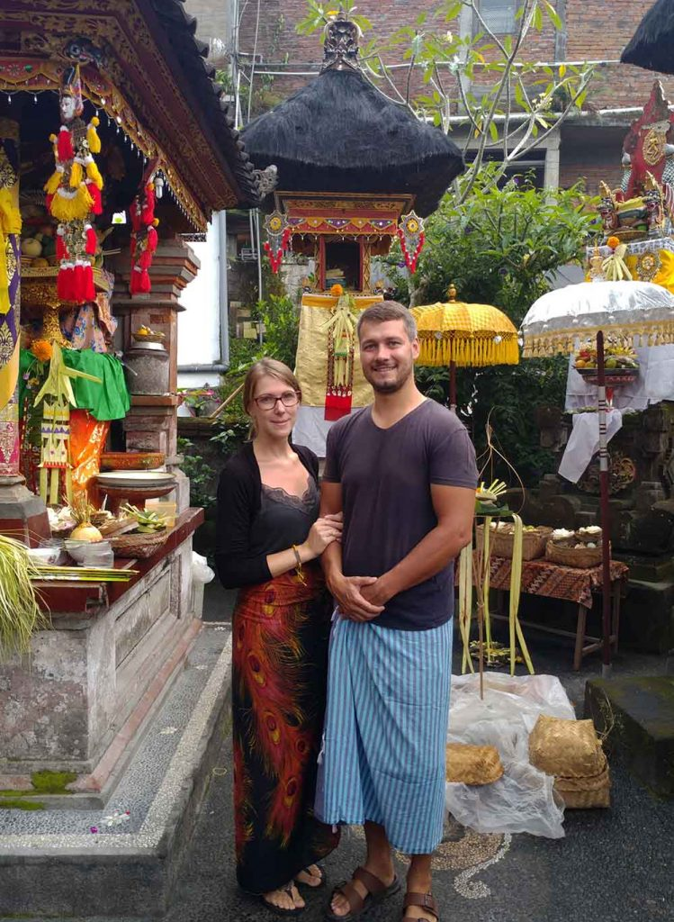 we two before a ceremony at the housetemple of our hosts in Ubud