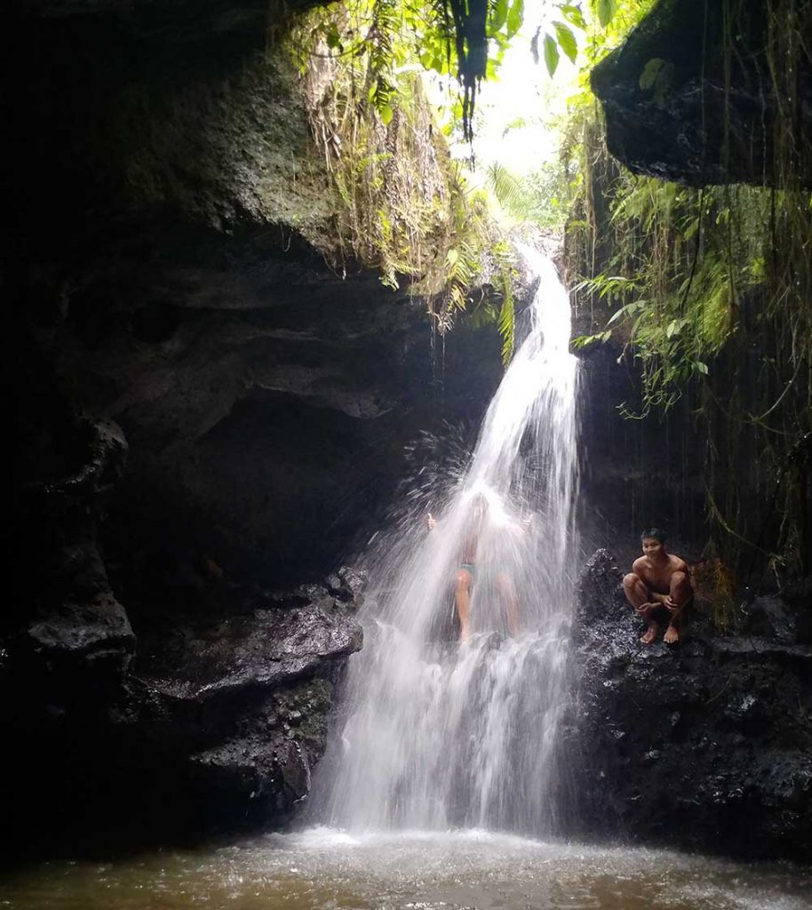 mandi at Tetebatu Waterfall