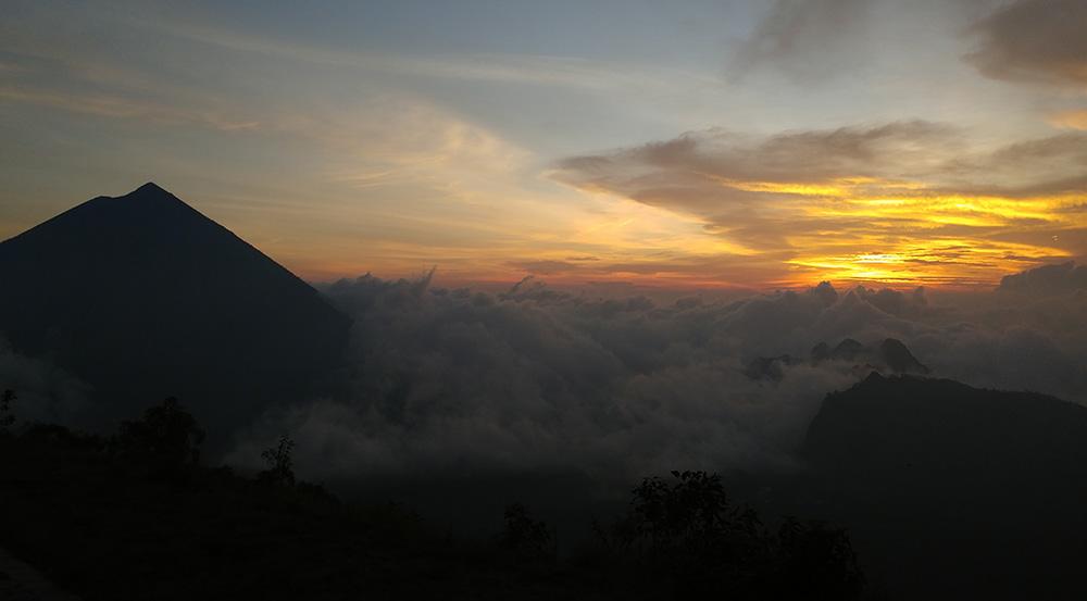 amazing sunset in Wolo Bobo