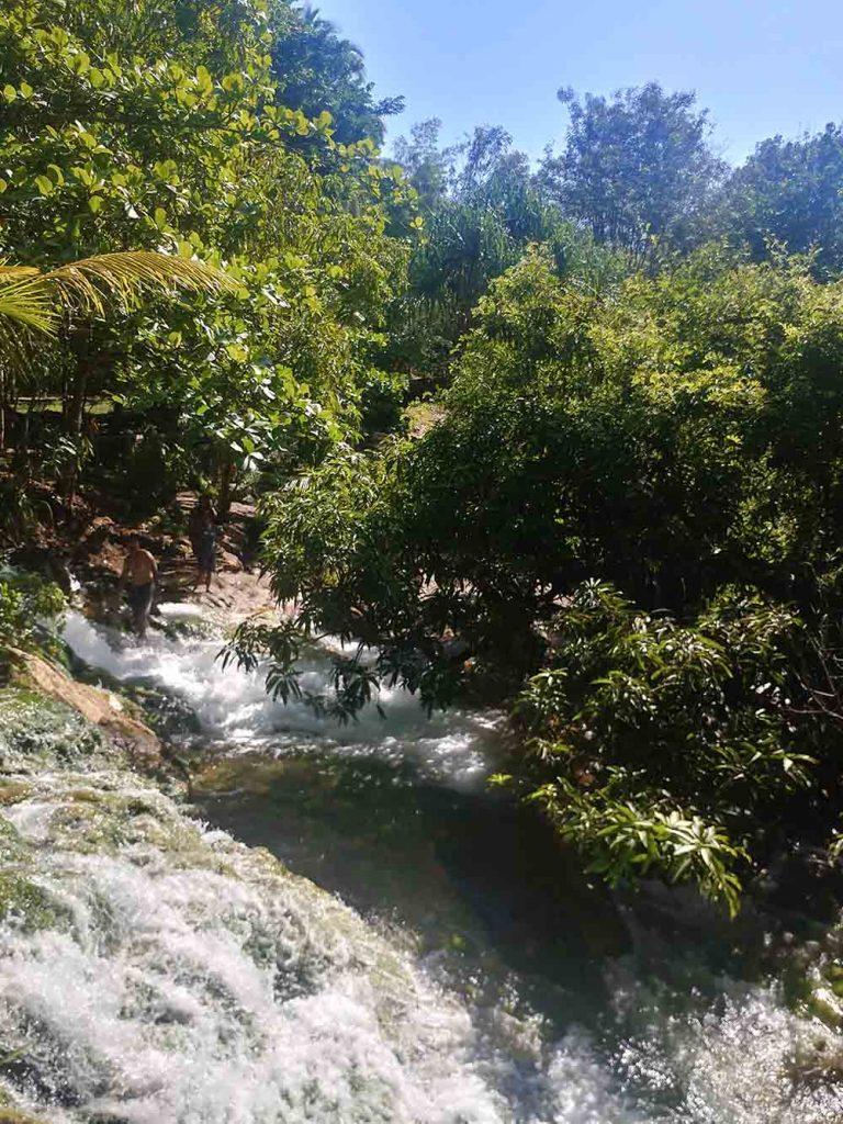 hot springs in Soa