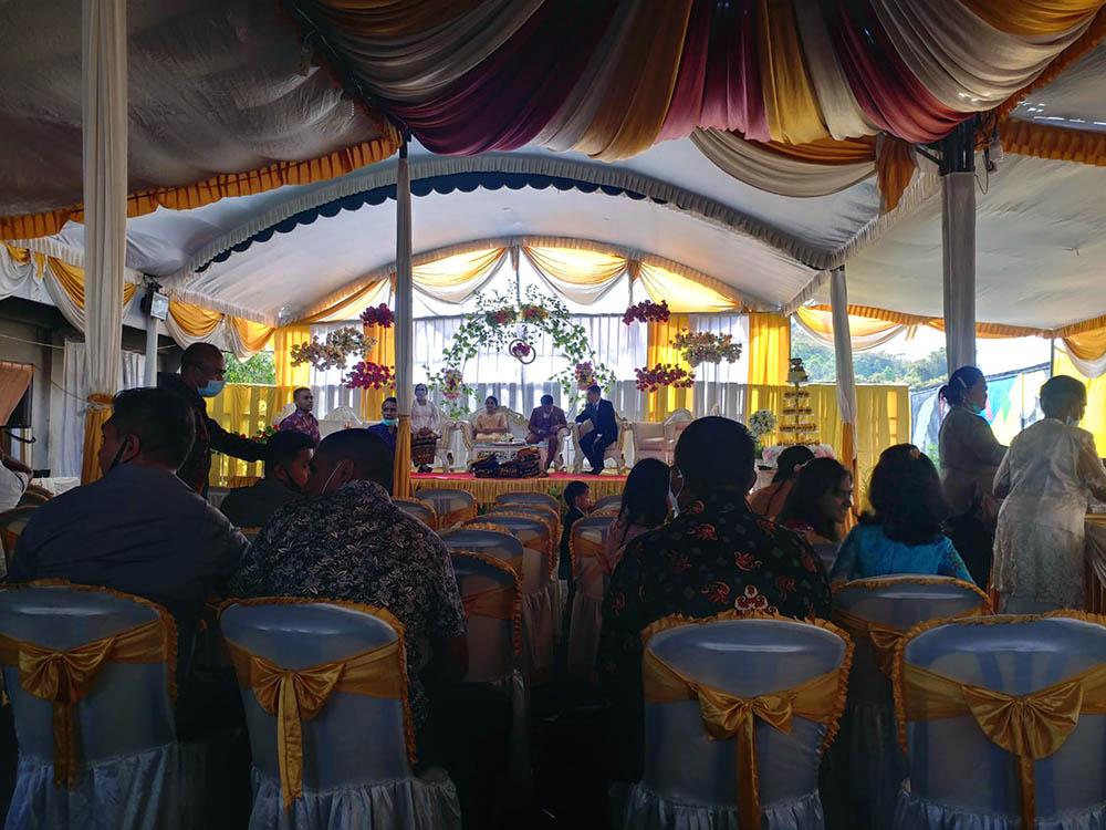 Indonesian catholic wedding